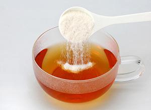 冷たい飲み物にもサッと溶けます